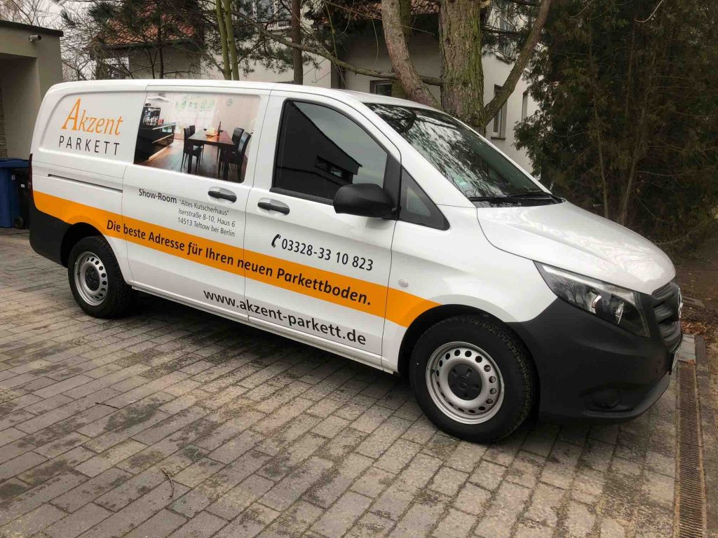 Akzent Parkett Firmenfahrzeug Mercedes Benz Vito